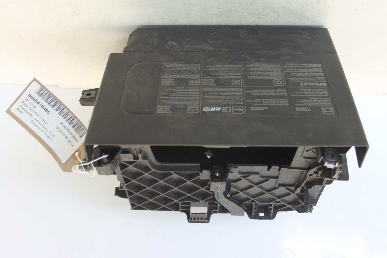 2015 renault megane 1461cc diesel battery box with lid ebay. Black Bedroom Furniture Sets. Home Design Ideas