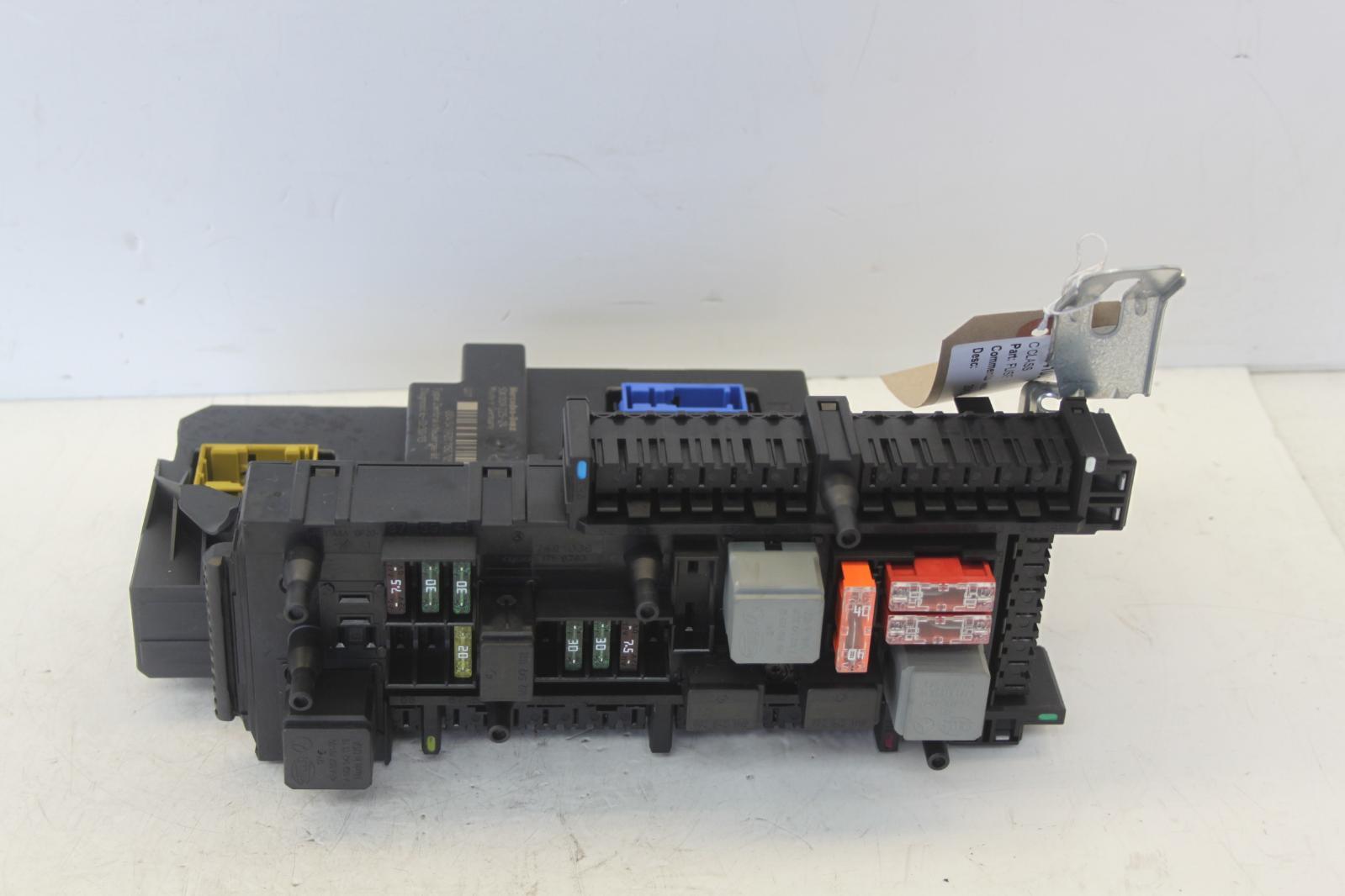 2007 w204 mercedes c class c220 sam unit fuse box 5dk00922524 ebay